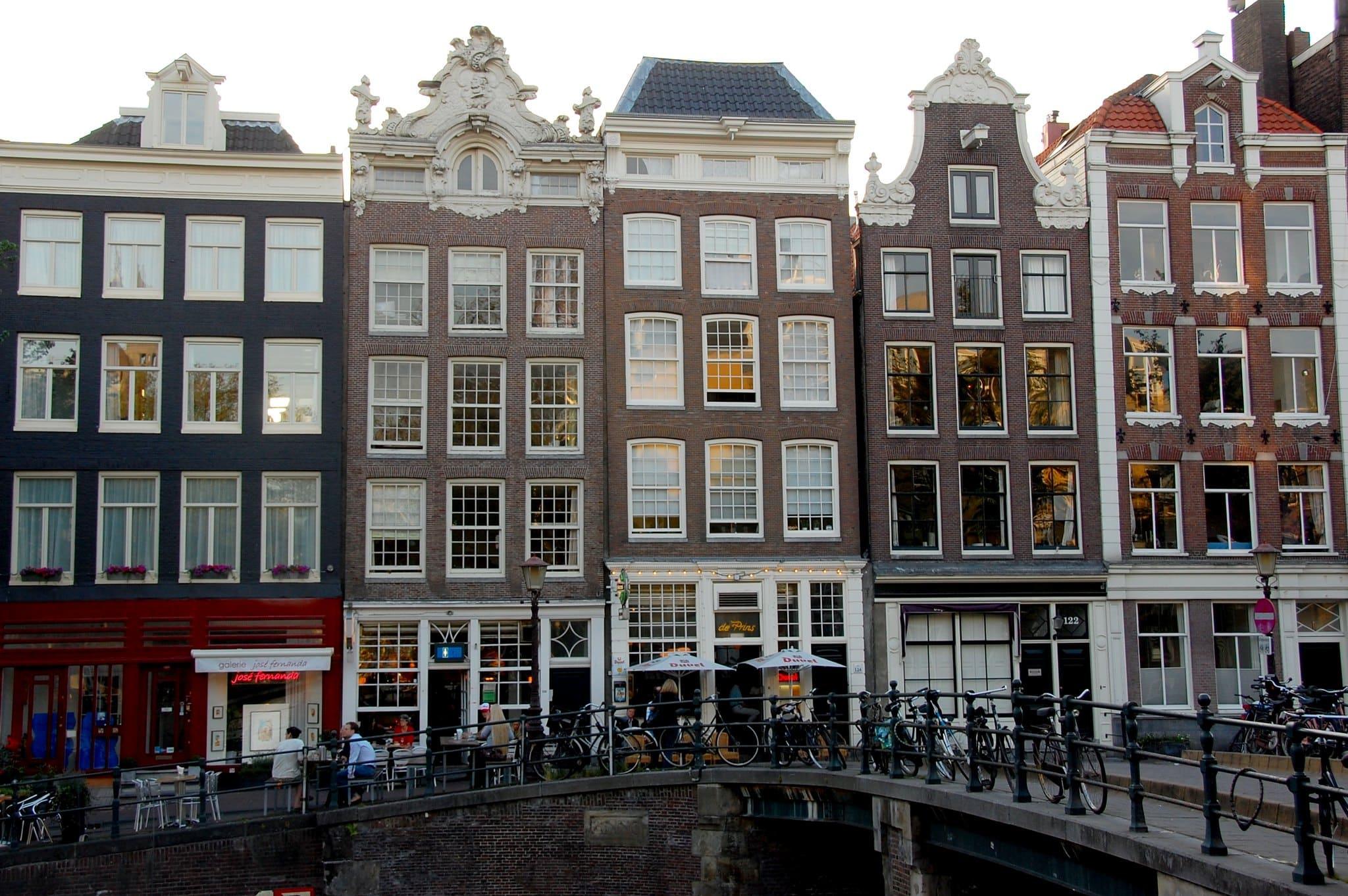 Canal_de_Prinsengracht_Amsterdam